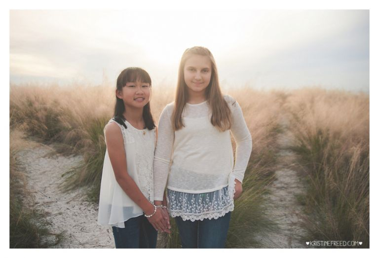 tampa-cypress-point-park-sisters-holiday-mini-session-111415-001